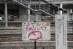 栗橋駅の禁煙掲示。 ちょっとインパク…